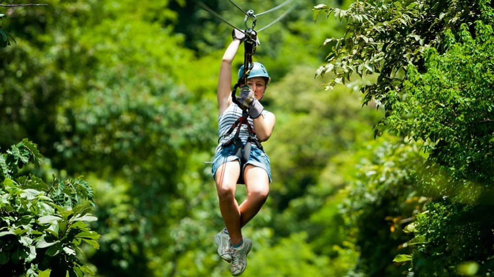 girl-ziplining-in-costa-rica-1510038594-1000X561